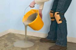 На таком элементе, как цемент, экономить не стоит, т. к. именно от него зависят прочность конструкции и, естественно, срок службы плитки тротуарной.