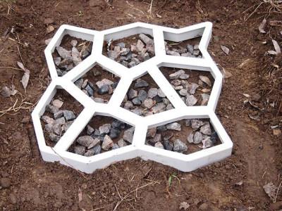 Строительная форма для декоративной кладки садовых дорожек