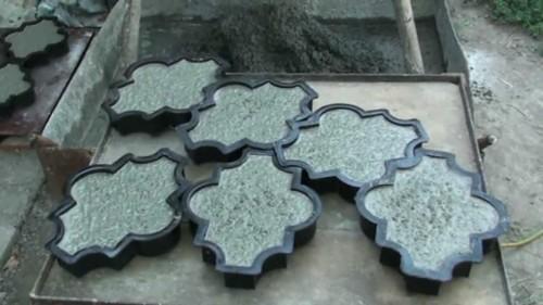 Формы для изготовления тротуарной плитки.