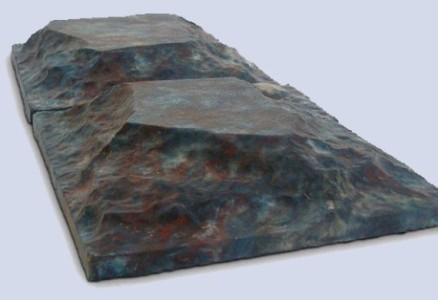 Самодельная силиконовая форма для изготовления тротуарной плитки.