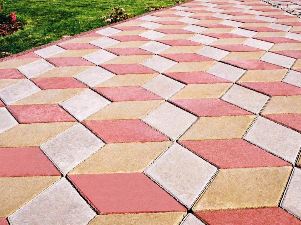 В последнее время брусчатка стала очень популярным материалом для укладки на землю. Это связано не только с ее высокой износостойкостью, но и с тем, брусчатка способно придать особую архитектурную изысканность и определенный характер поверхности.