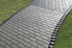 Дорожка с тротуарной плиткой
