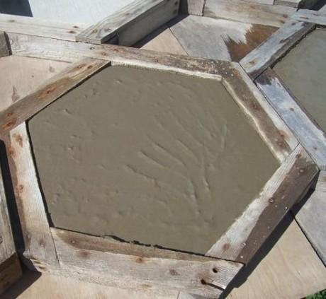 Colle a carrelage pour effet beton cire devis de travaux for Nettoyer un carrelage neuf