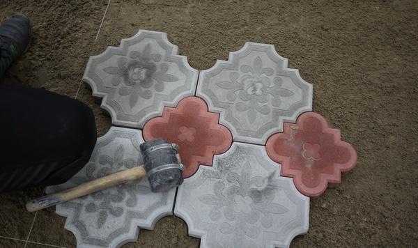 Тротуарная плитка укладка своими руками без цемента 56