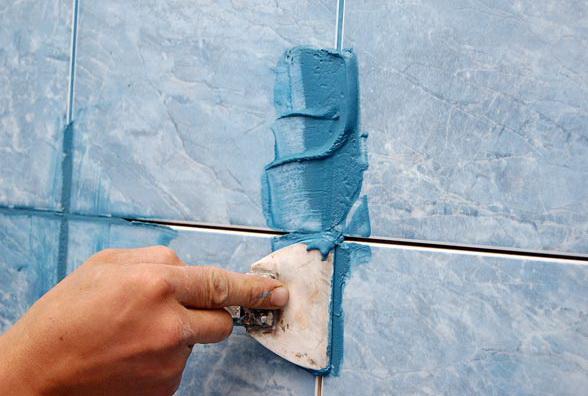 Инструмент для расшивки швов плитки