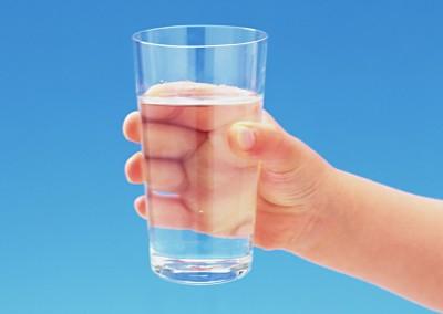 Больной на протяжении 3-4 дней должен пить лишь чистую воду