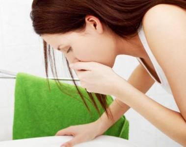 Горечь во рту и на языке может возникать в результате отравления тяжелыми металлами, например, медью, ртутью или свинцом