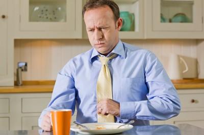 Спазмы в желудке, как показывают медицинские исследования, почти всегда проявляется внезапно, пациенты узнают, что больны, когда болезнь уже глубоко пустила свои корни