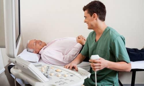 При зуде первым делом выявляют состояние мочевого пузыря и уретры, для этого врач назначает УЗИ