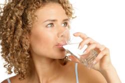 Обильное питье после выхода из состояния наркоза