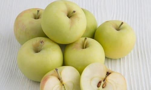 Больному, который страдает от панкреатита, можно есть яблоки сорта Белый налив