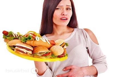 Отравление продуктами - это одна из наиболее частых причин, вызывающих расстройства желудка и кишечника