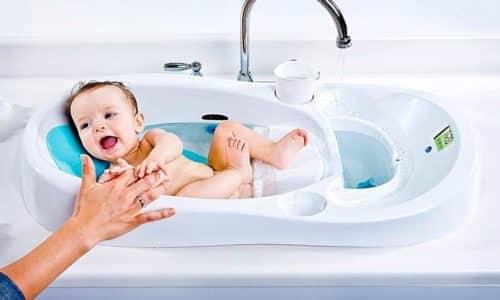 Низкая температура (чаще всего происходит во время купания, когда малыша достают из ванночки, которая была наполнена горячей водой) тоже вызывает симптом