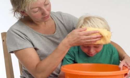Рвота у ребенка без температуры может быть вызвана самыми разными причинами