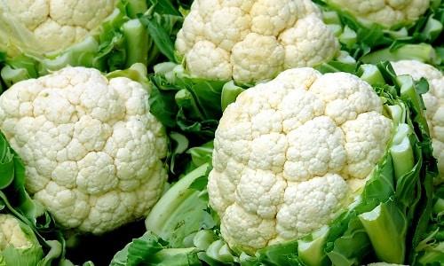 Вкусное и диетическое первое блюдо можно приготовить на основе разрешенной цветной капусты
