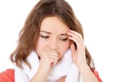 Кашель и высокая температура как признаки пневмонии