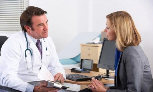 Если запоры беспокоят более 2-3 месяцев, не стоит откладывать визит к врачу