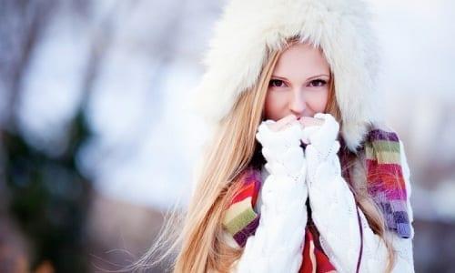 Наиболее часто развитие инфекции мочевыводящих путей и цистита наблюдается в холодное время года, особенно если человек имеет привычку одеваться не по погоде и часто переохлаждается