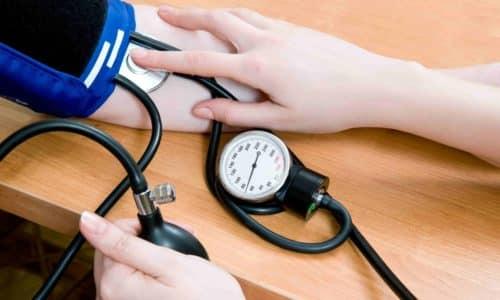 Беременные женщины, страдающие панкреатитом, наиболее часто предъявляют жалобы на снижение артериального давления