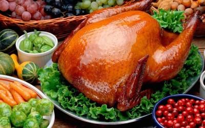 Не рекомендуется есть жирную пищу это крайне негативно может отразиться на работе желудка и кишечника
