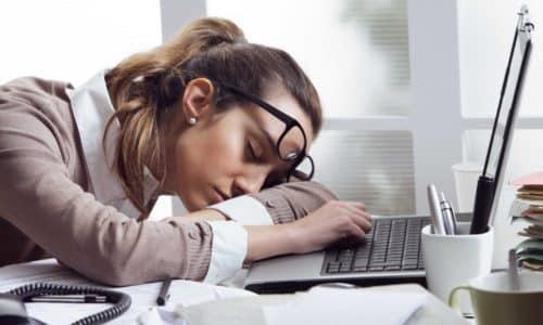 Если передозировка будет длительной, это может способствовать появлению сонливости