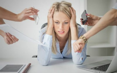 Нередко причиной геморроя становятся стрессовые ситуации и нервное перенапряжение