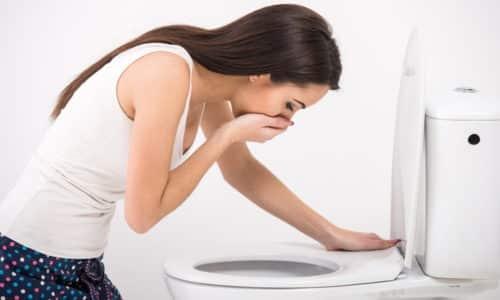 Среди часто появляющихся побочных эффектов зафиксированы возникновение тошноты и рвоты