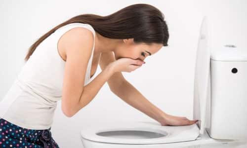 Лучше всего применять препарат после еды, желательно перед сном, чтобы исключить риск возникновения тошноты и рвоты