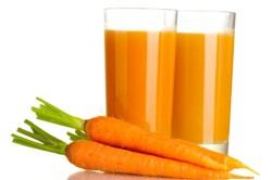 Морковный сок для полоскания полости рта