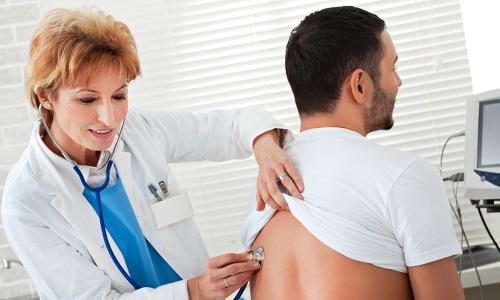 Терапевт определит, какие виды анализов следует провести (например, анализ крови, мочи, УЗИ и др.) и даст на них направление