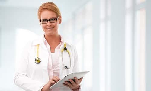 Возможно внутреннее применение перикиси по методике Неумывакина для общего укрепления организма, но сначала необходимо получить разрешение лечащего врача