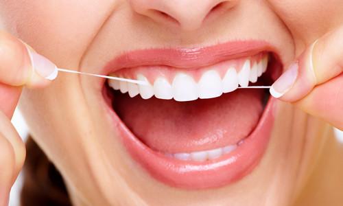 Использование зубной нити