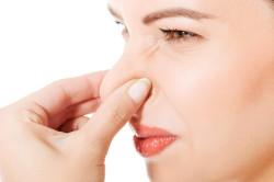 Неприятный запах изо рта при гингивите