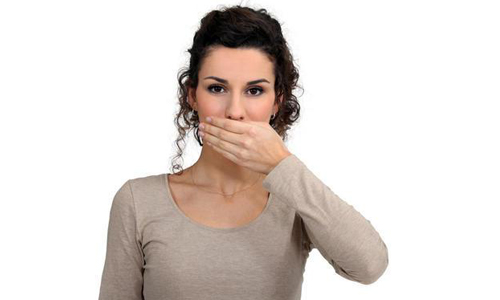 Проблема аномалии уздечки верхней губы