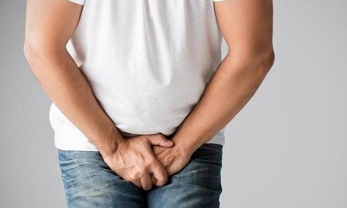 Если болевой синдром приобрел выраженный характер, нужно обратиться к хирургу, чтобы исключить расхождение швов