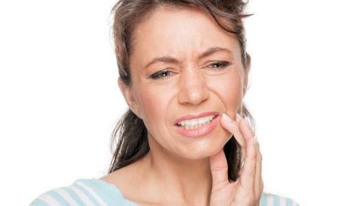 Проблема вывиха челюсти
