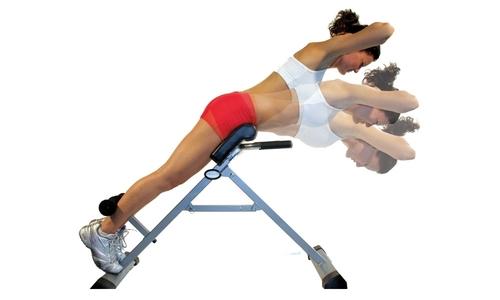 Одним из важнейших упражнений для спины является гиперэкстензия, при грыже поясничного отдела позвоночника она особенно полезна