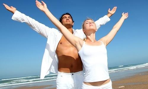 Помимо физкультуры, назначают дыхательную гимнастику, которую выполняют через 2 часа после приема пищи