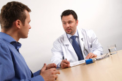 Консультация врача для выбора метода лечения