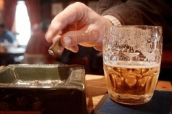 Чрезмерное курение и алкоголь - причина аденомы простаты
