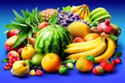 Ягоды и фрукты при запорах