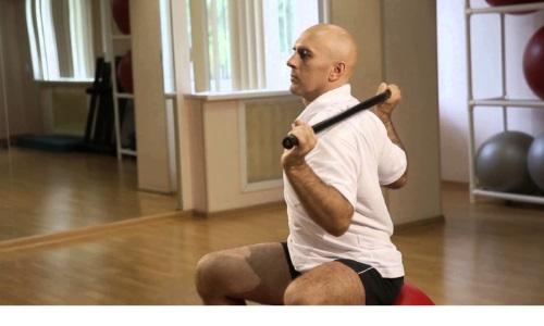 Эффективным методом решения проблем с шеей является гимнастика по Дикулю