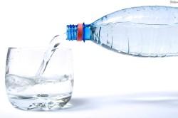 Минеральная вода без газа от запора