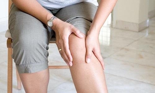 Лечение онемения ноги при грыже позвоночника предполагает проведение комплексных терапевтических мероприятий