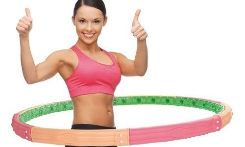 Упражнения с обручем полезно во многих случаях заболеваний позвоночника, но не во всех