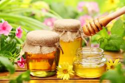 Польза меда при лечении бронхита