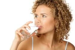 Обильное питье для лечения гиперурикемии