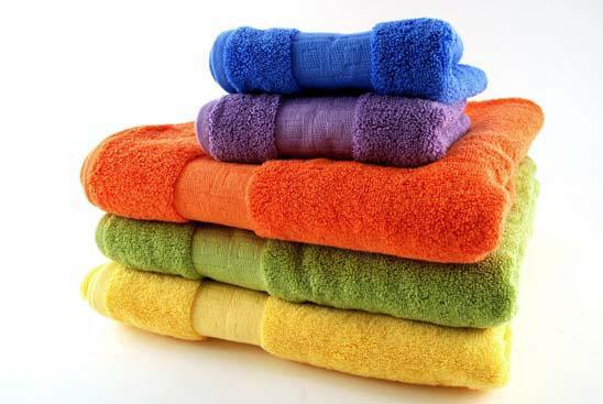 разноцветные полотенца