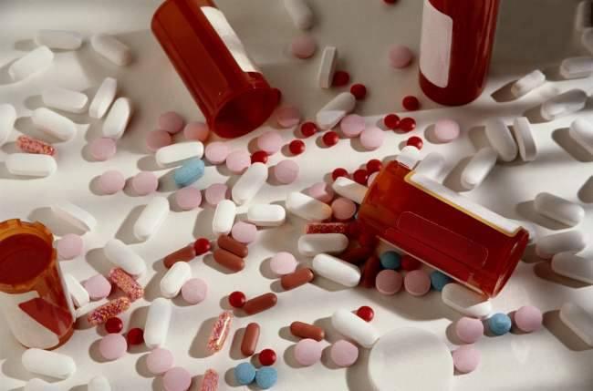много медикаментов