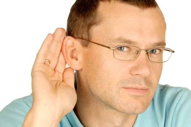 проблемы со слухом